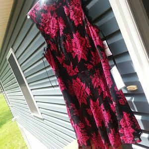 NWT City Studio black and red floral party dress